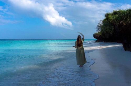 blue lagoon meditation